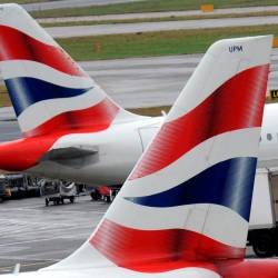 Letali prevoznika British Airways na letališču Heathrow (ANSA)