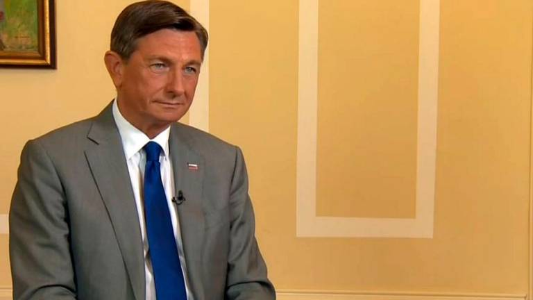 Predsednik Pahor o incidentu na meji in o fojbi